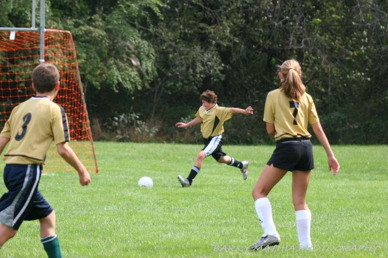 Warriors soccer lawson vs smithville 092405 056
