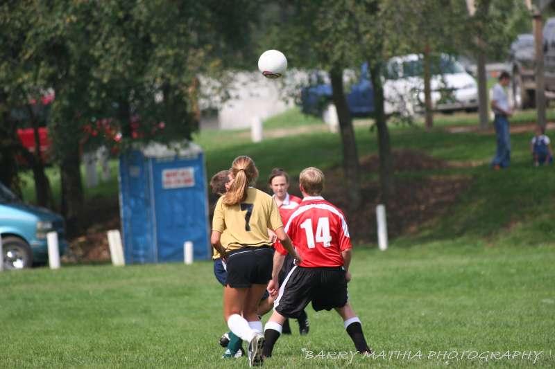 Warriors soccer lawson vs smithville 092405 027