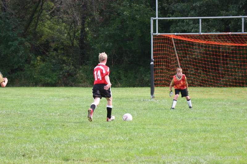 Warriors soccer lawson vs smithville 092405 049