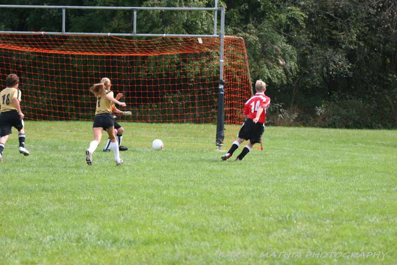 Warriors soccer lawson vs smithville 092405 044