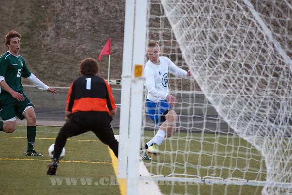 Soccer_MN_MW_2011_9S7O7176