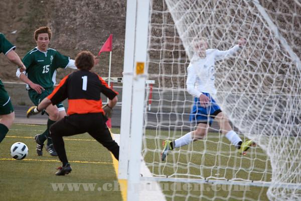 Soccer_MN_MW_2011_9S7O7177