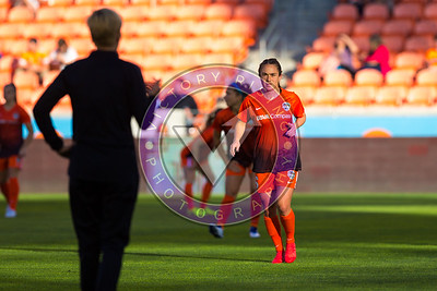 Meleana Shim #6 F pregame warm ups Houston Dash vs Utah Royals  Friday March 30, 2018 at BBVA Compass Stadium