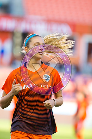 Kristie Mewis #19 D warm ups Houston Dash vs Utah Royals  Friday March 30, 2018 at BBVA Compass Stadium