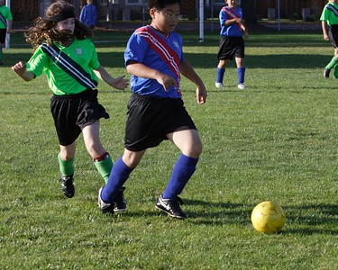 """Shintaro experiences a move henceforth known as the """"Gator hook"""" (no, the ball was not near that spot)."""