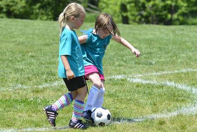 Sara Soccer 2012-05-18_54
