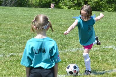 Sara Soccer 2012-05-18_39