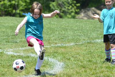 Sara Soccer 2012-05-18_53