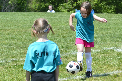 Sara Soccer 2012-05-18_41