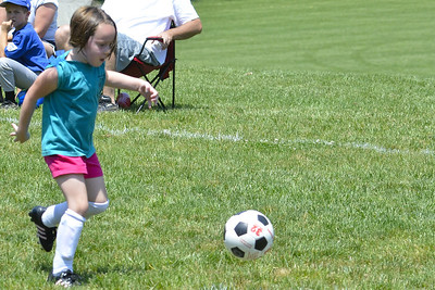 Sara Soccer 2012-05-18_50