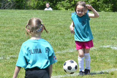 Sara Soccer 2012-05-18_42