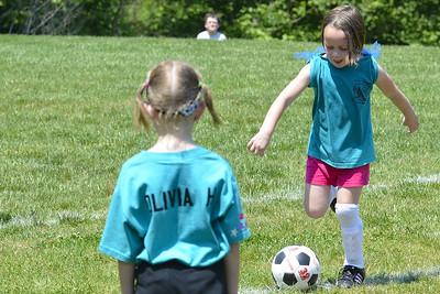 Sara Soccer 2012-05-18_40