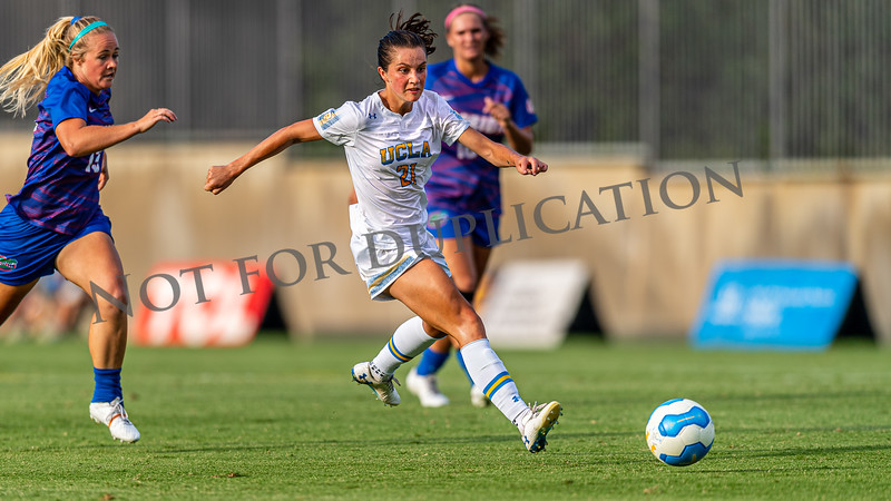 0129Florida_soccerW19