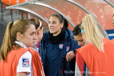 Hope Solo with the other subs for the US Womens National Team.