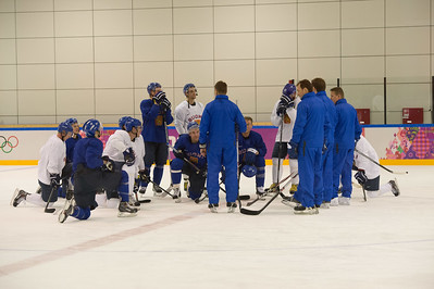 Finnish men´s ice hockey practice 9.2.2014