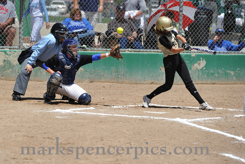 Softball St Playoff 2010-0561-F021