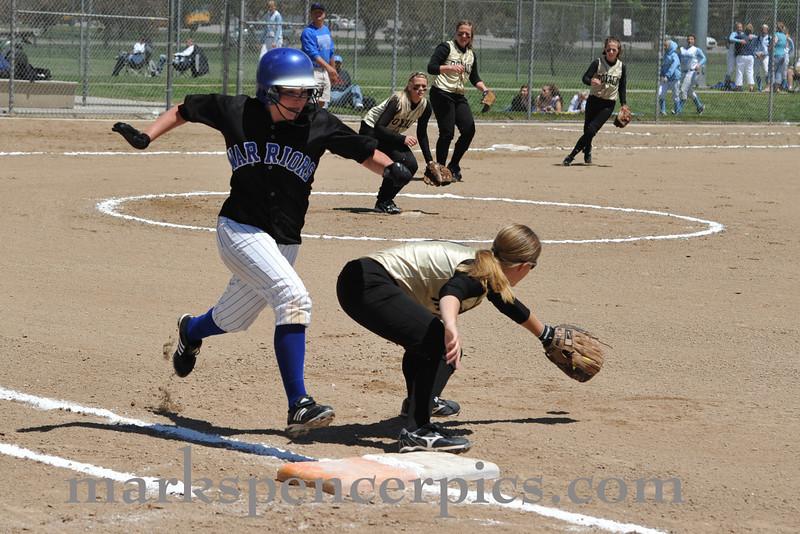 Softball St Playoff 2010-0554-F014