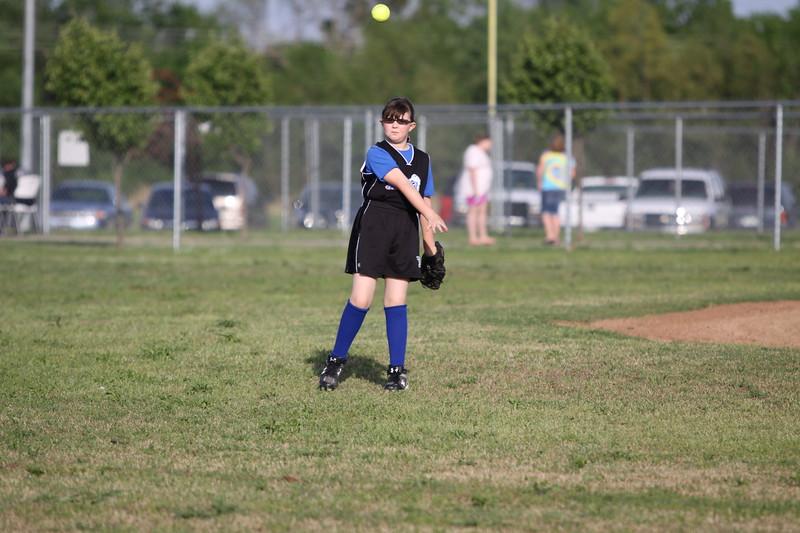 softball golden s09 012