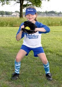 Copy of softball twisters team s09 023 jpgisabelle posey