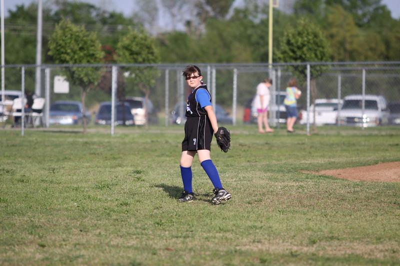 softball golden s09 010