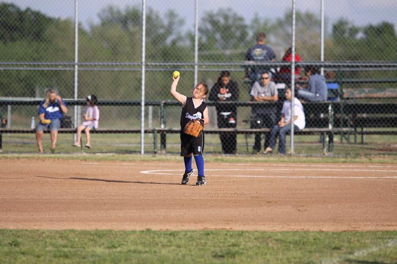 softball golden s09 017