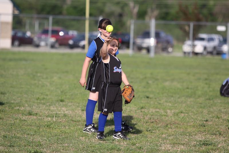 softball golden s09 019