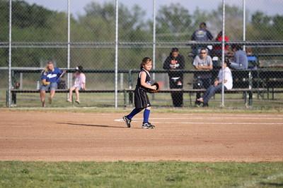 softball golden s09 016