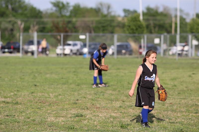 softball golden s09 024