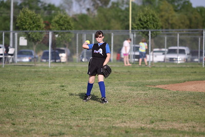 softball golden s09 011