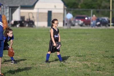 softball golden s09 013