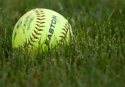 2010-05-29 Softball Red Angles