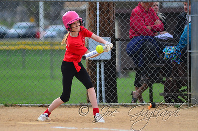 Yogurtland_vs_Lakeland_Surveying-Softball