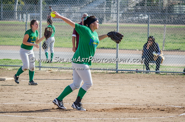 2015 Eagle Rock Softball vs Bravo Knights