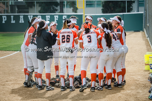 2016 Lincoln Tigers Softball vs Garfield Bulldogs
