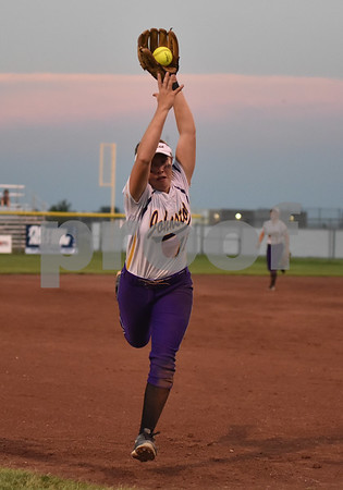 Johnston vs Urbandale during 5A Semi-finals State Softball Tournament at Harlan Rogers Sports Complex on July 21, 2016