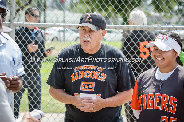 2017 Lincoln Tigers Softball vs Bravo Knights