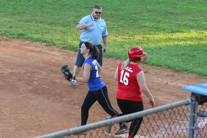 2017-05-09_softball_442