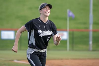 Softball Riverside Dominion