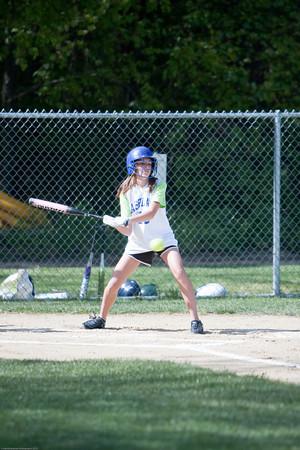 AMS-Softball-Hop-13