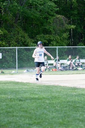AMS-Softball-Hop-21