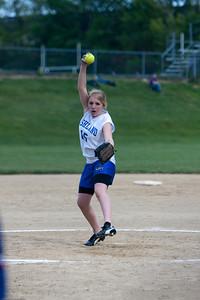 AMS-Softball-Hop-30
