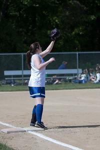 AMS-Softball-Hop-3