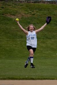 AMS-Softball-Hop-37