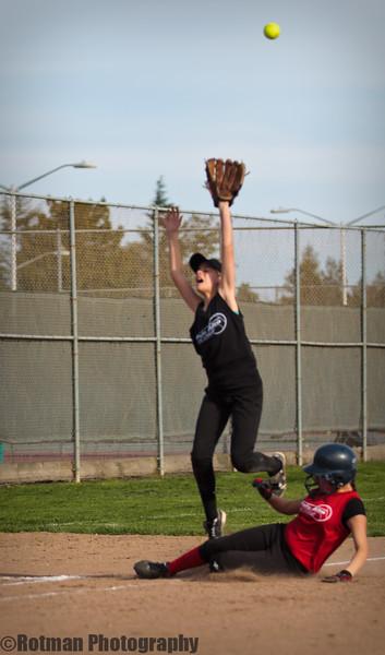 Softball 3-12-1605.jpg