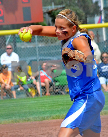 -Messenger photo by Britt Kudla<br /> Renee Maneman of Newell-Fonda pitches against New London during Thursday's 1A Semifinals at Roger Park