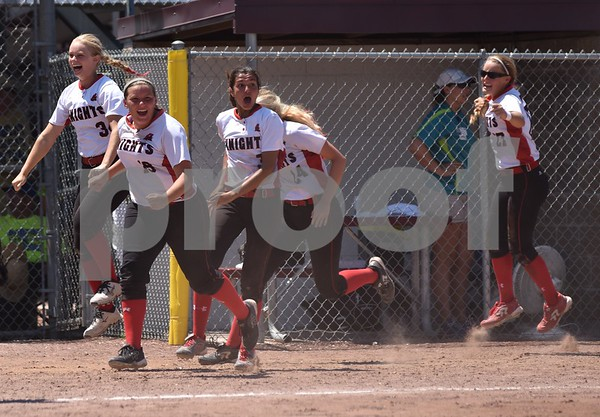 Solon vs Davenport Assumption during 3A Semi-finals State Softball Tournament at Harlan Rogers Sports Complex on July 21, 2016