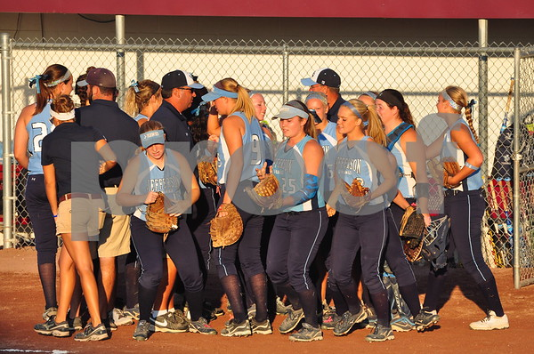 Ottumwa and Cedar Rapids Jefferson met in a Class 5A quarterfinal at the state softball tournament in  Fort Dodge on Tuesday, July 23, 2013.
