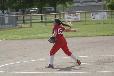 Lindsay Cardinal pitcher Kassidy Kendig (15) pitching against Strathmore on April 4, 2013.
