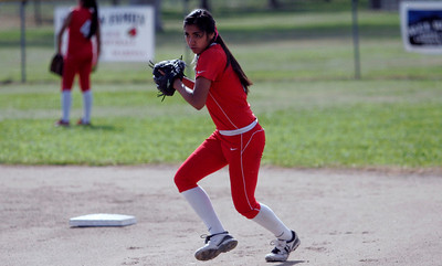 Lina Padilla (5) - Lindsay High School softball - 2013.