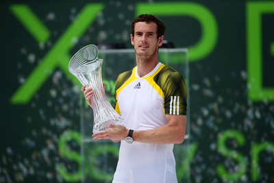 Andy Murray defeated David Ferrer. 2-6, 6-4, 7-6(1)